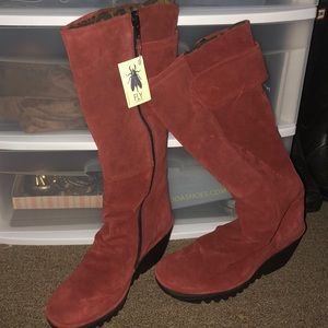 London Fly Wedge Boots Suede